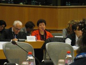 Margot Fröhlinger från EU-kommissionen i JURI