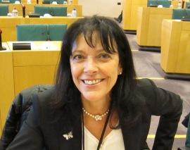 Marielle Gallo, folkvald politiker som kallar folket terrorister.