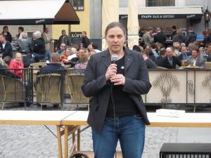 Anna Troberg kommer tala på Medborgarplatsen lördag 14.00
