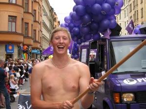 Gå med Piratpartiet i Prideparaden lördag 12.00
