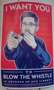 Tack vare att Edward Snowden blåste i visselpipan kan vi få en politisk diskussion om massövervakningen